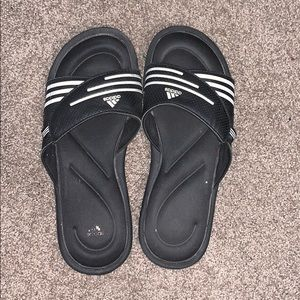 Adidas memory foam slides